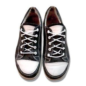 Finn Comfort Soho Sneaker Black & White Orig $350